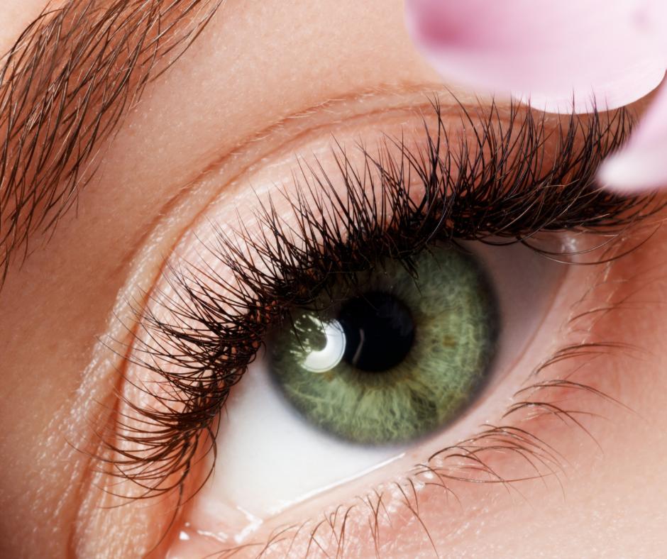 Okolice oczu 4 Okolice oczu starzeją się najszybciej – dowiedz się jak zminimalizować te problem
