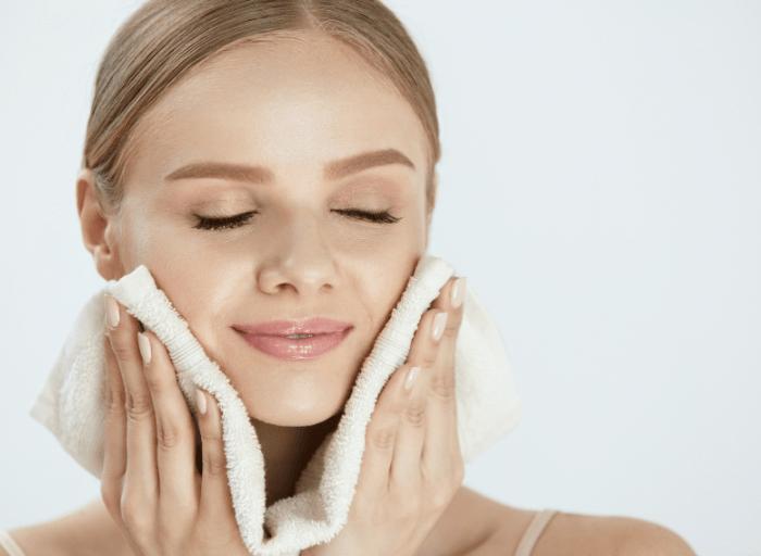 Perfekcyjna skora zacznij od prawidlowego oczyszczania1 Perfekcyjna skóra   zacznij od prawidłowego oczyszczania