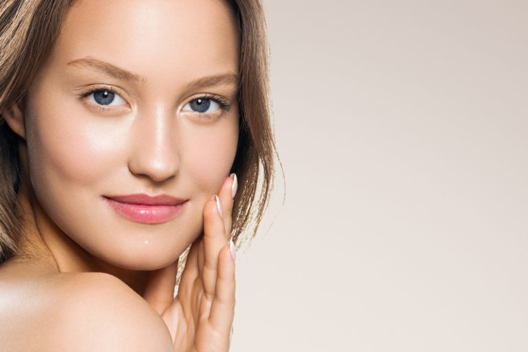 Endermolift. Remove facial swellings and improve facial tension.