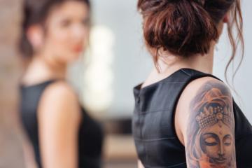 Zapomnij o błędach młodości - pozbądź się tatuażu , którego nie lubisz