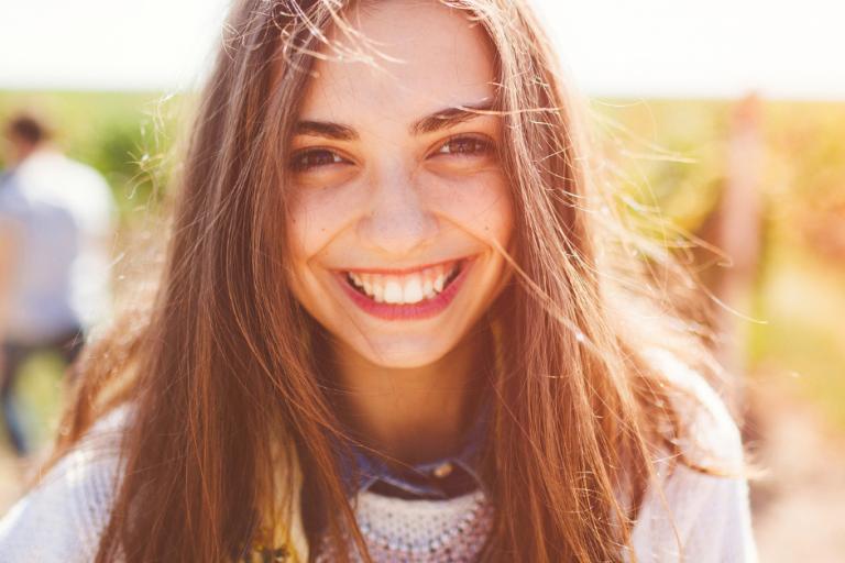 Nastolatek w salonie kosmetycznym – jak wygląda wizyta w gabinecie urody?