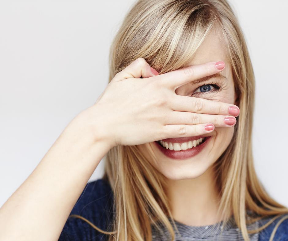 3ZMARSZCZKI PO tydziestym roku zycia zabiegi Skin around the eyes   what treatments will help in rejuvenation and revitalization?
