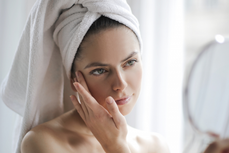 Skin around the eyes – what treatments will help in rejuvenation and revitalization?