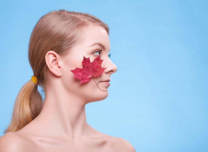 Skóra naczynkowa – zasady pielęgnacji latem