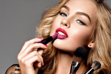 Makijaż dzienny i wieczorowy - różnice i przydatne triki