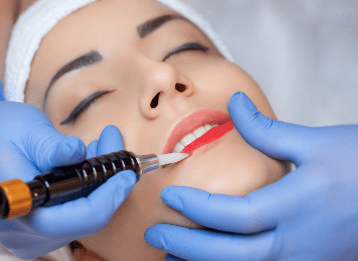 Metody wykonywania makijazu permanentnego1 Methods of permanent makeup application