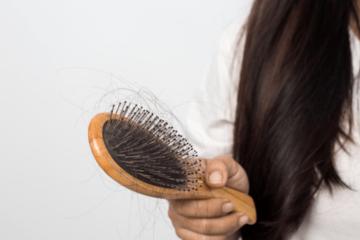 Wypadanie włosów - co może oznaczać?