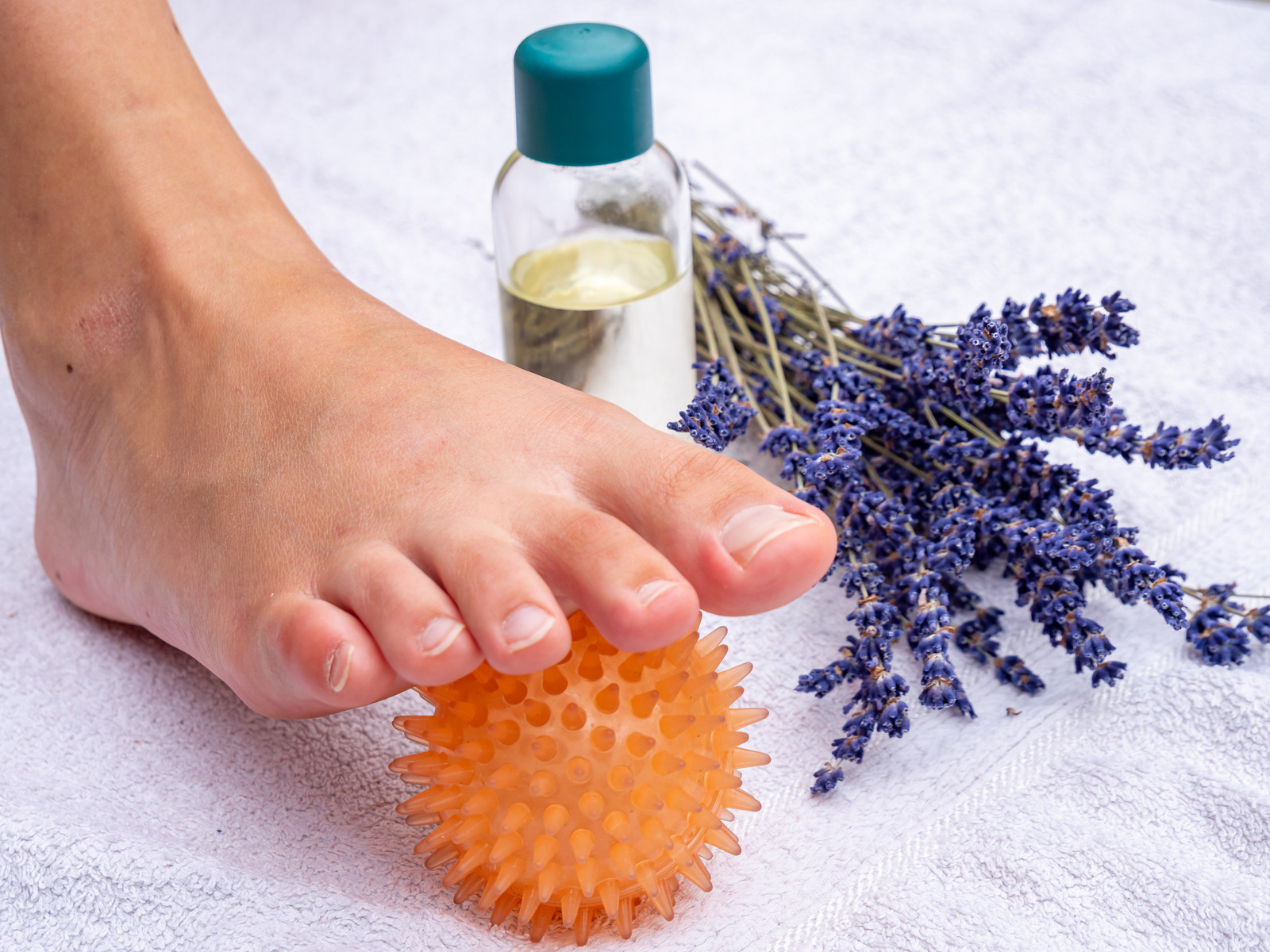 screen 2x 11 1 Why a foot massage is so important for women