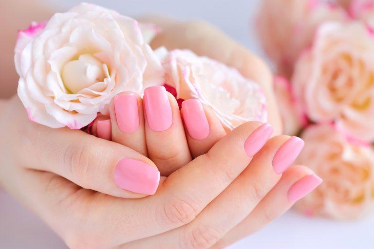 Poznaj sposób napiękne dłonie ipaznokcie