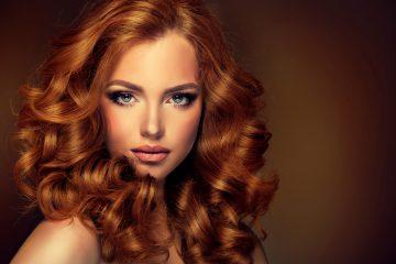 Jak dbać ozniszczone włosy? – praktyczny poradnik