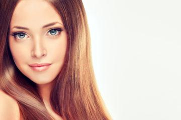 Keratynowe prostowanie włosów – poznaj sekret idealnej fryzury