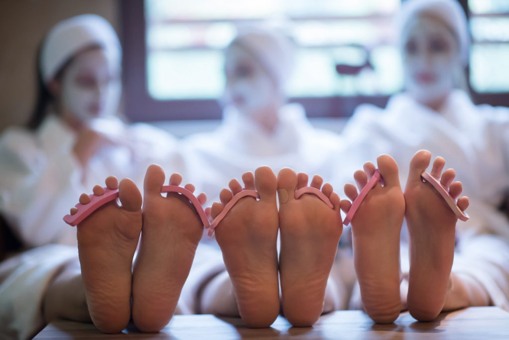 wspolny pedicure 1024x683 Pedicure   kilka kroków do idealnie zadbanych stóp