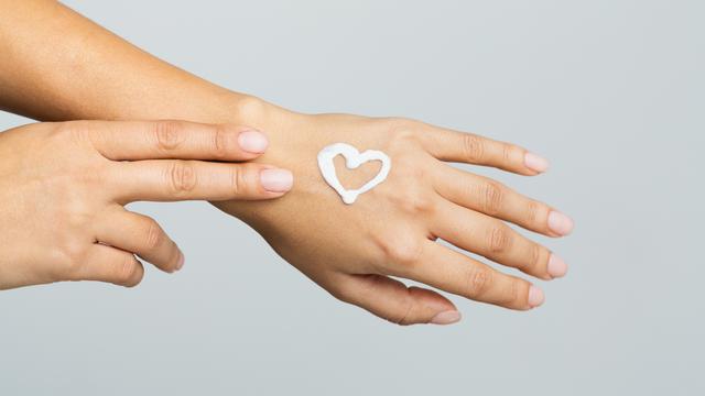 krem do rak Skuteczna regeneracja dłoni   przyjemne ukojenie skóry