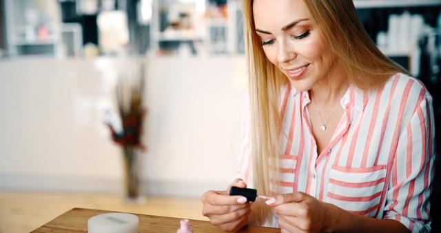 Rozdwajanie paznokci – jak sobie z tym poradzić?