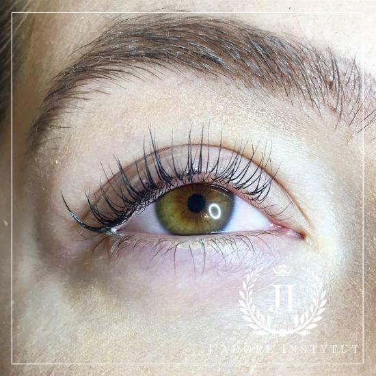 images laminowaniezlogiem1 Lamination of eyelashes   an alternative for eyelash extensions