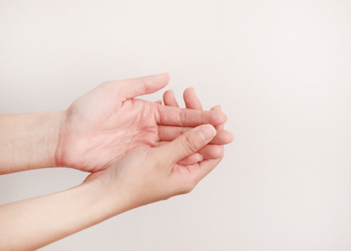 Zabiegi na dlonie1 1 Hand treatments to cheat the certificate