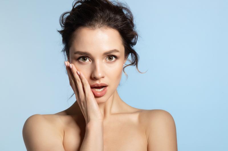 wasik Jak usunąć wąsik? Pozbadź się niechcianego owłosienia z twarzy