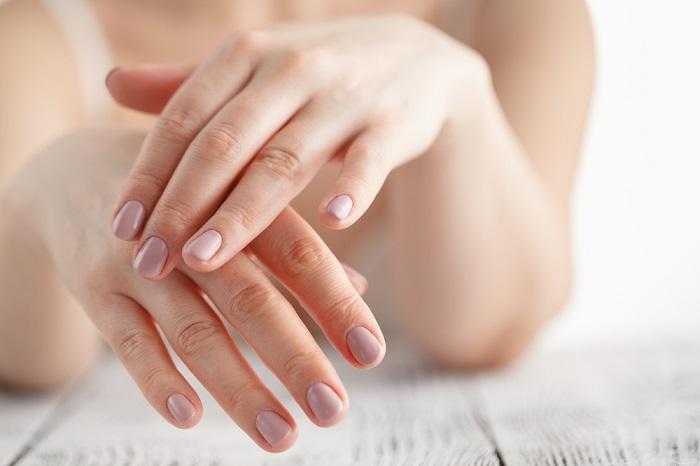 Sposoby na regenerację paznokci