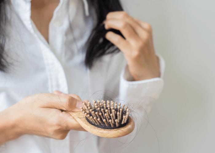 Choroby ustrojowe a wpływ na wypadanie włosów.